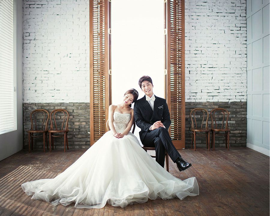 Wedding Photography Helpful Tips To Choosing The Right Photographer Read More At Image Link