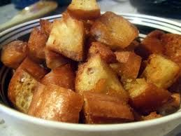 What's Cookin' at Bubby's Today?: Garlic Croutons