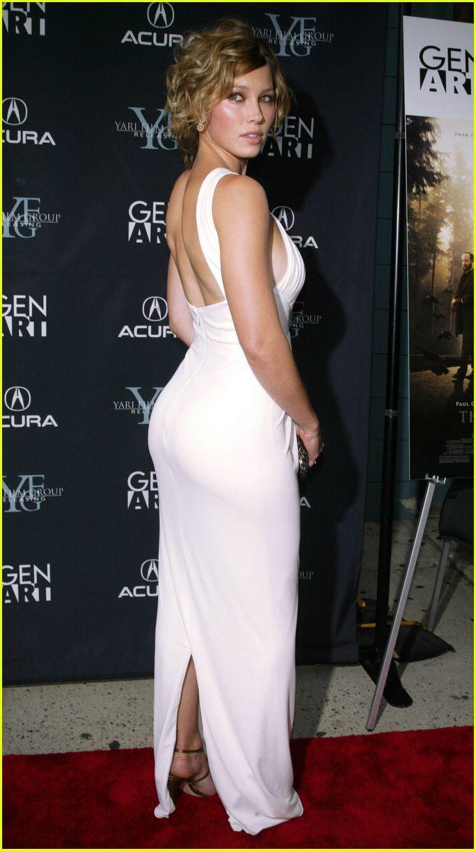 jessica biel has a big butt | cougar women | pinterest | jessica