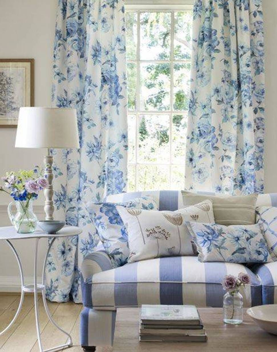 Living Room , Beautify Your Living Room With French Country Curtains ...