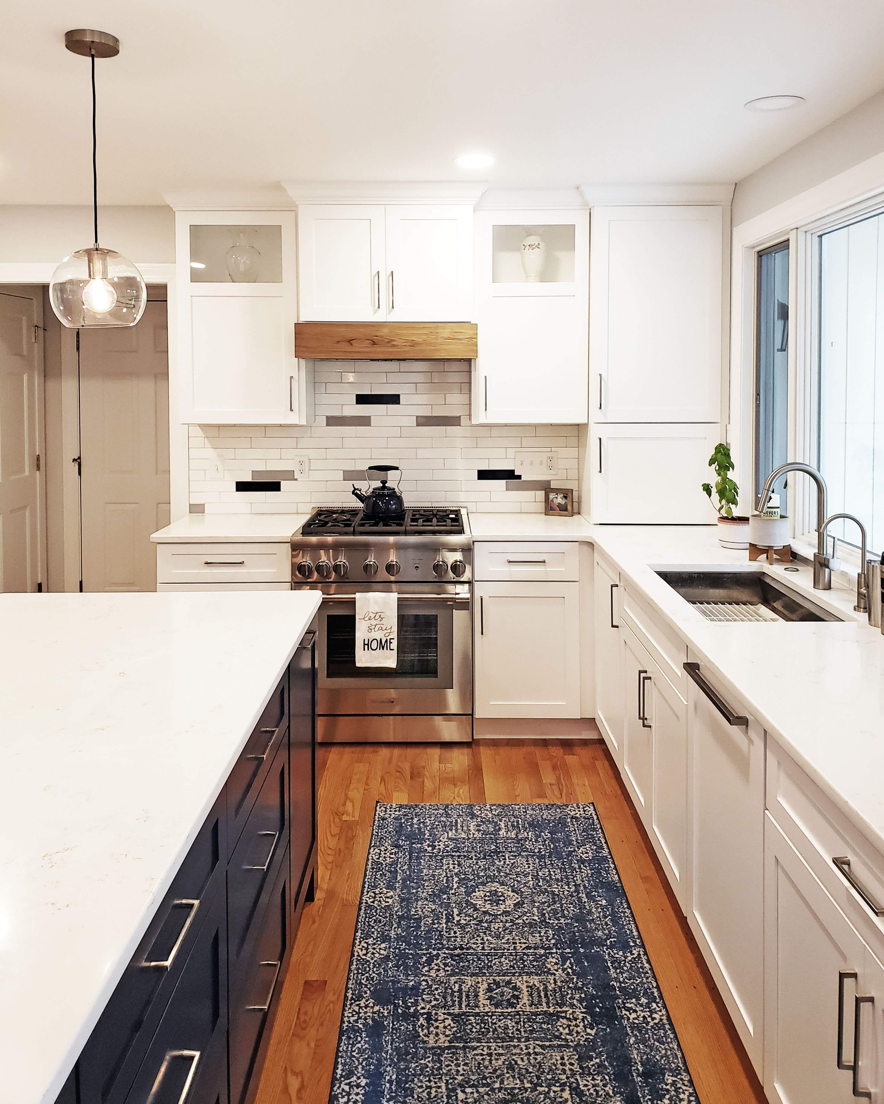 Designers Installers Re Modelers Kitchen Kitchen Cabinets Wood Accents