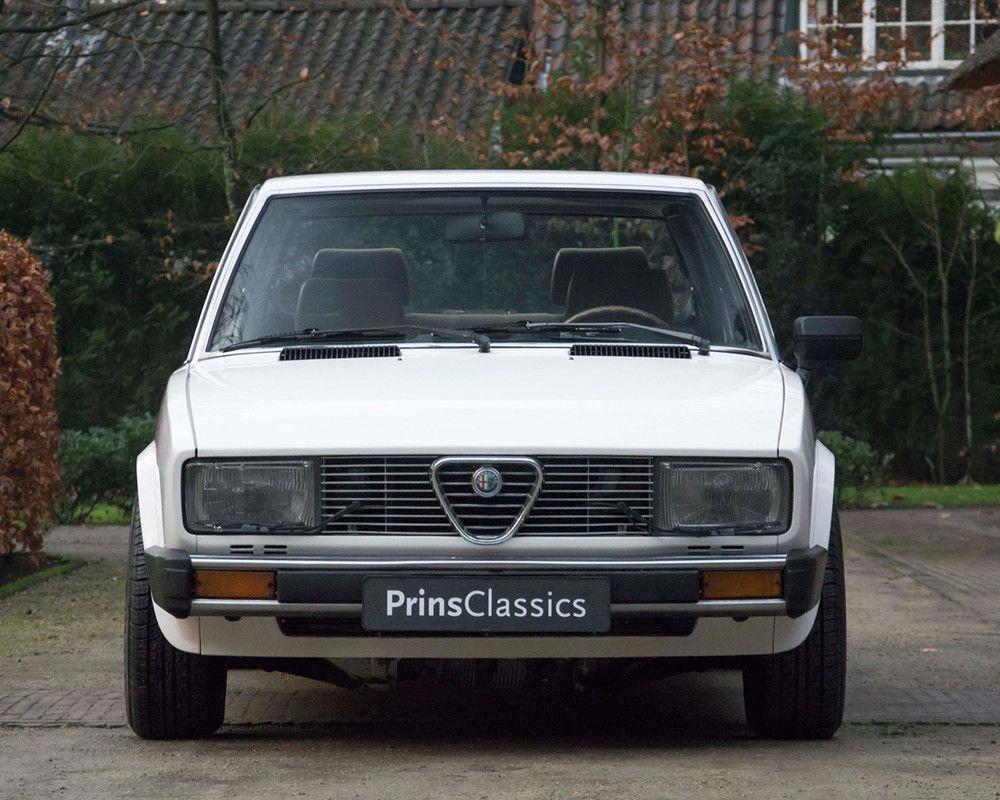 Alfa Romeo Alfetta 2 0 Lusso 1981 For Sale At Prins Classics37 Alfaromeo Alfa Romeo Sports Cars Luxury Alfa Romeo Cars