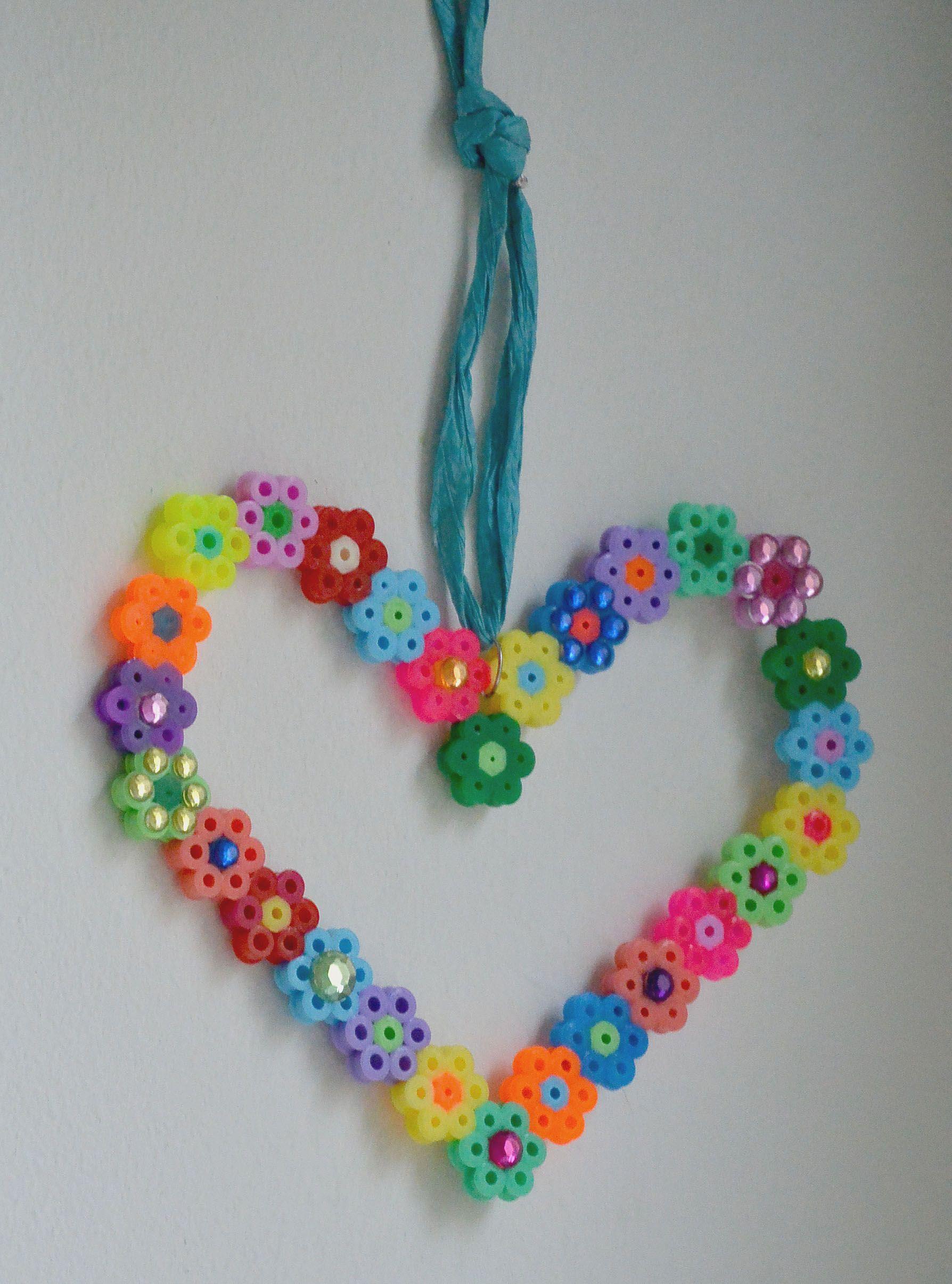 Hama Bgelperlen Herz  Bgelperlen  Hama beads design Hama Beads und Perler Beads