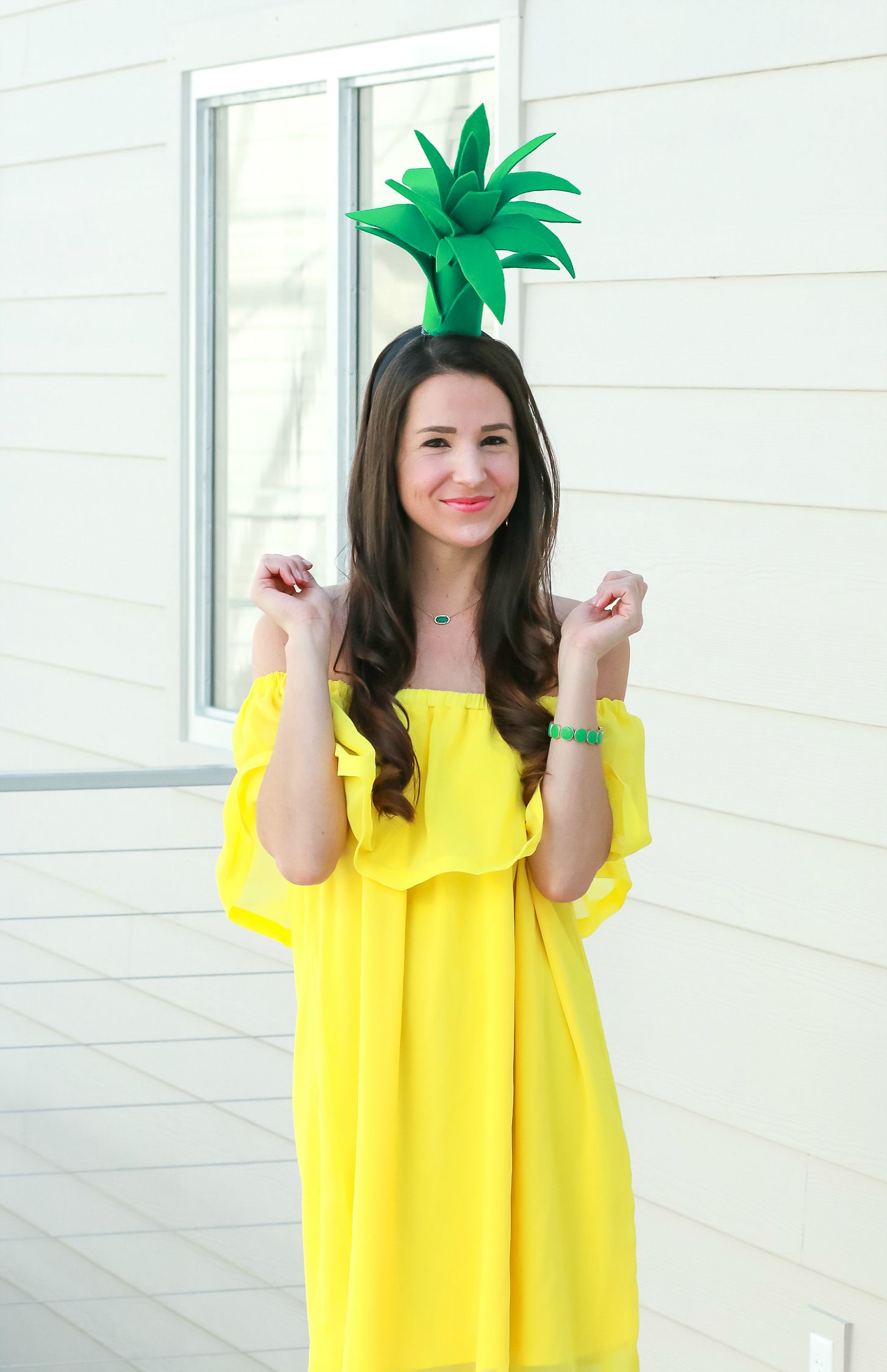 DIY Pineapple Costume That Costs Less Than 3 to Make