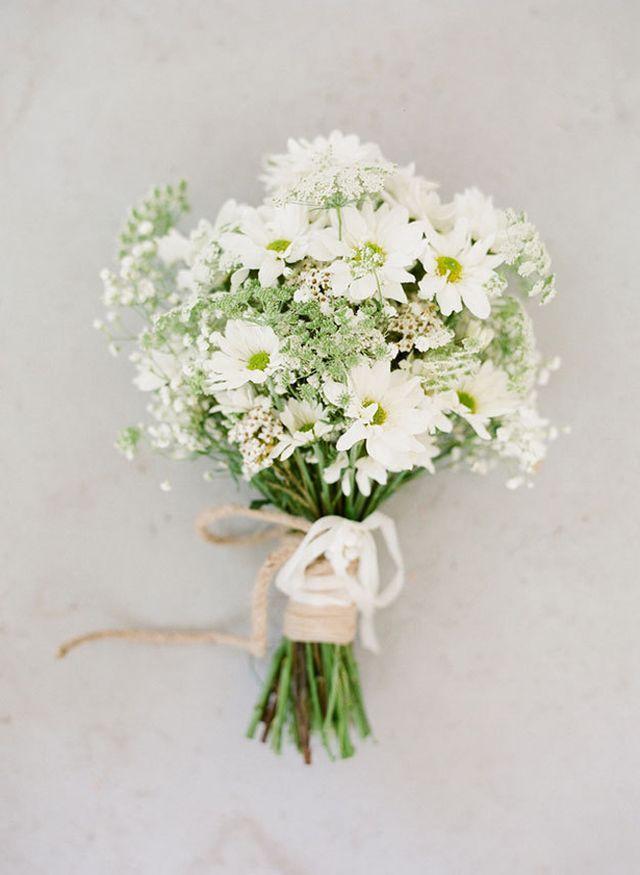 How to Make Your Own DIY Wedding Bouquet (Ruche) | Diy wedding ...