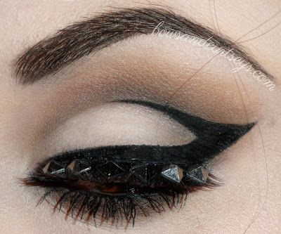 Geometric Glam ~ Bows and Curtseys...Mad About Makeup