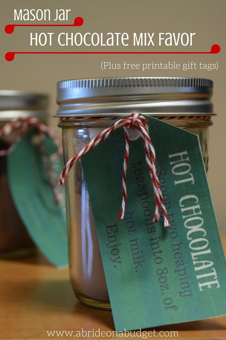 Mason jar hot chocolate mix favors plus free printable gift tags