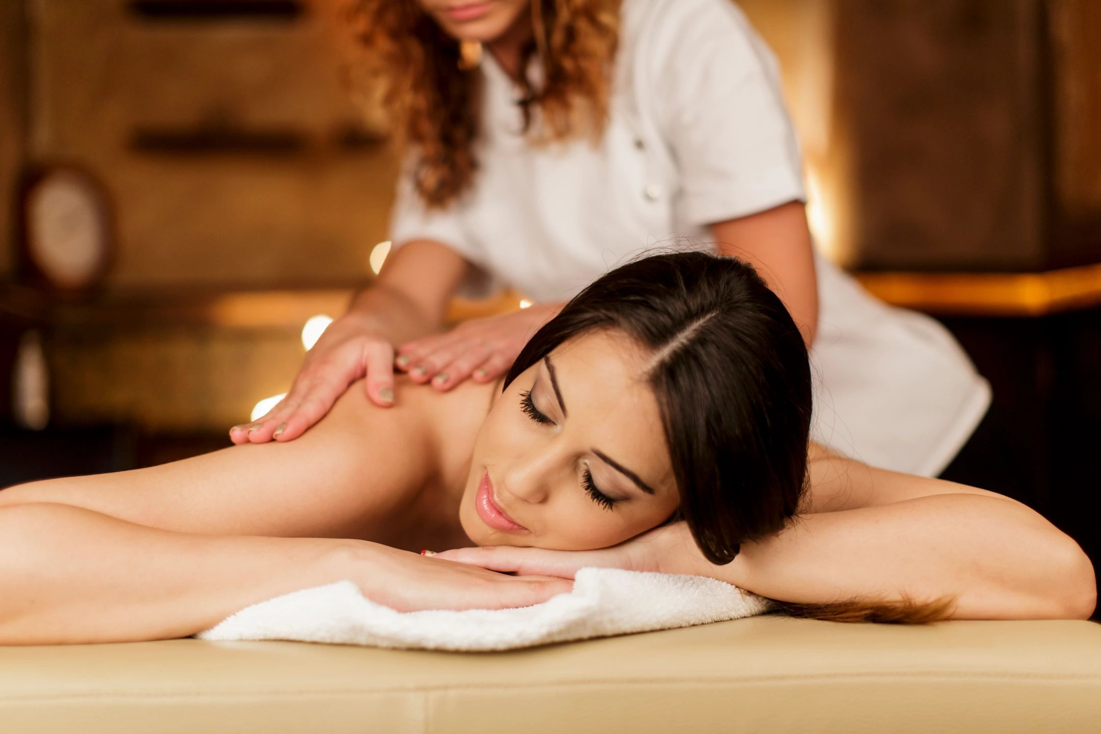 Salon Massage Body Body Female To Male Body Massage In Pune Body Massage Center In