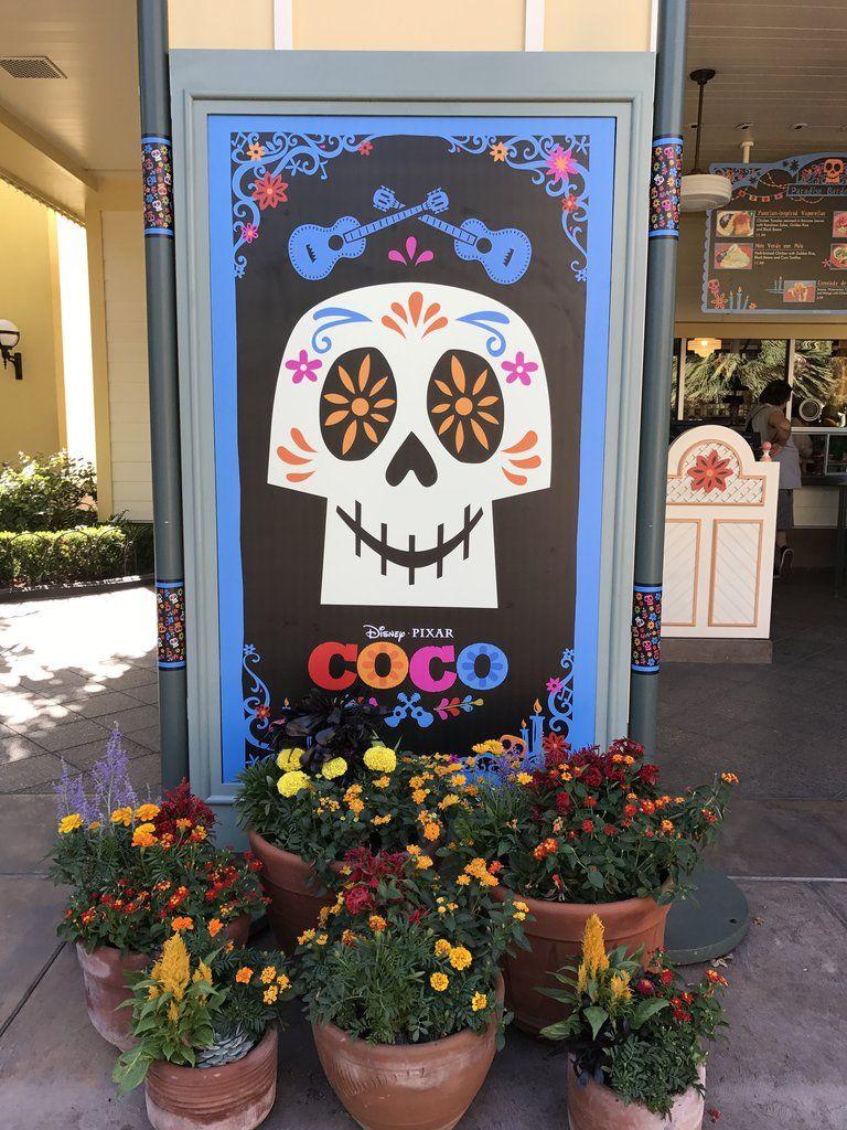 Coco Decorations Dia De Los Muretos