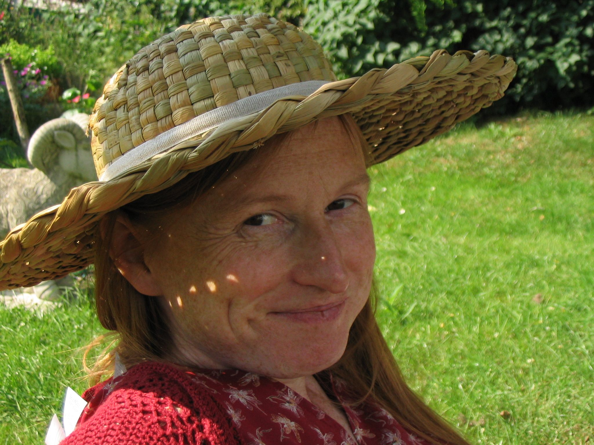 Ruth Goodman, freelance historian, has taken part in several reenactment series from the BBC such as Victorian Farm.