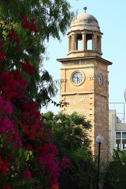 Clock tower in Chania, Crete| http://www.greeceviewer.com/odigos/en/Chania