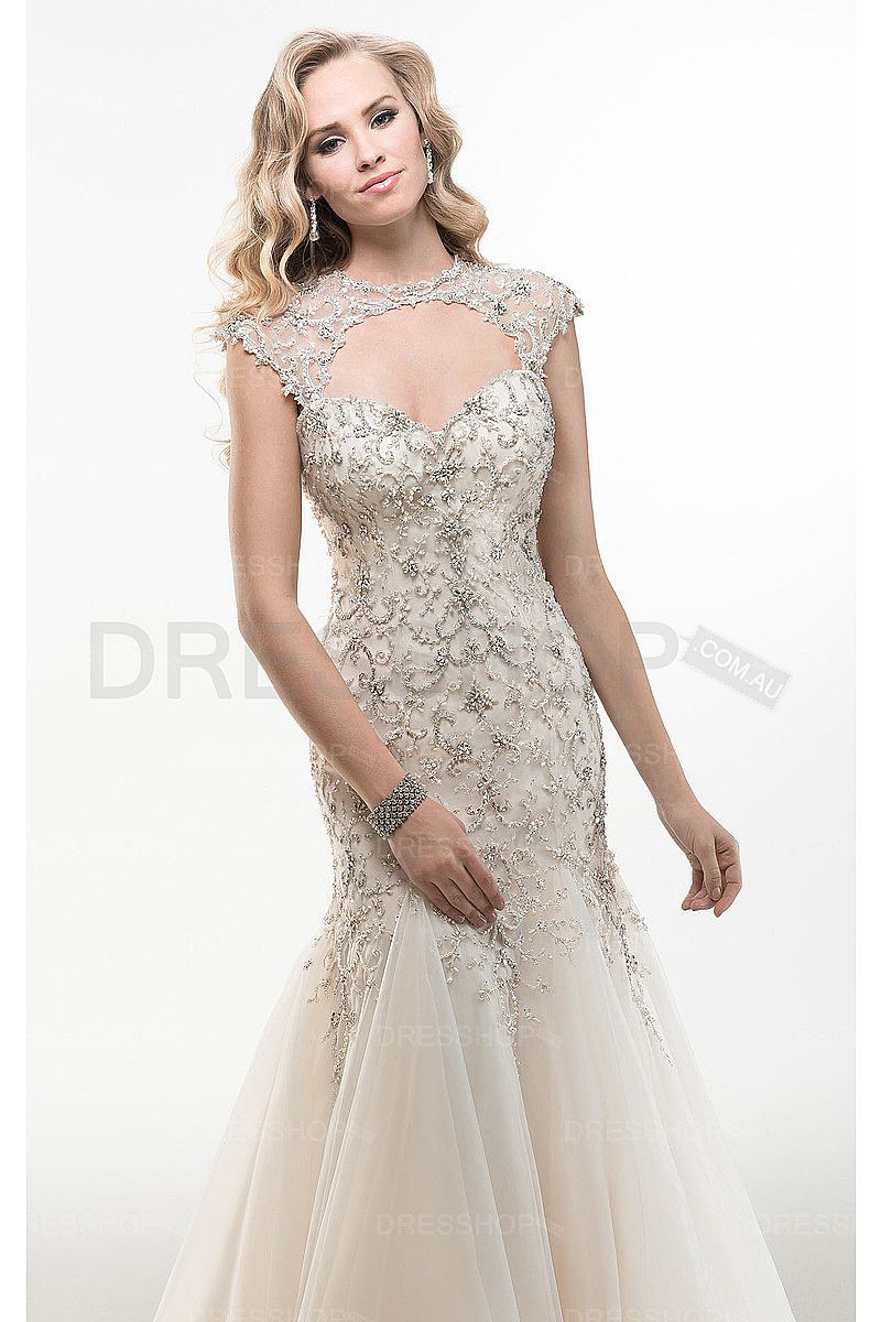 Sweetheart tulle buttons court train wedding dresses tulle wedding