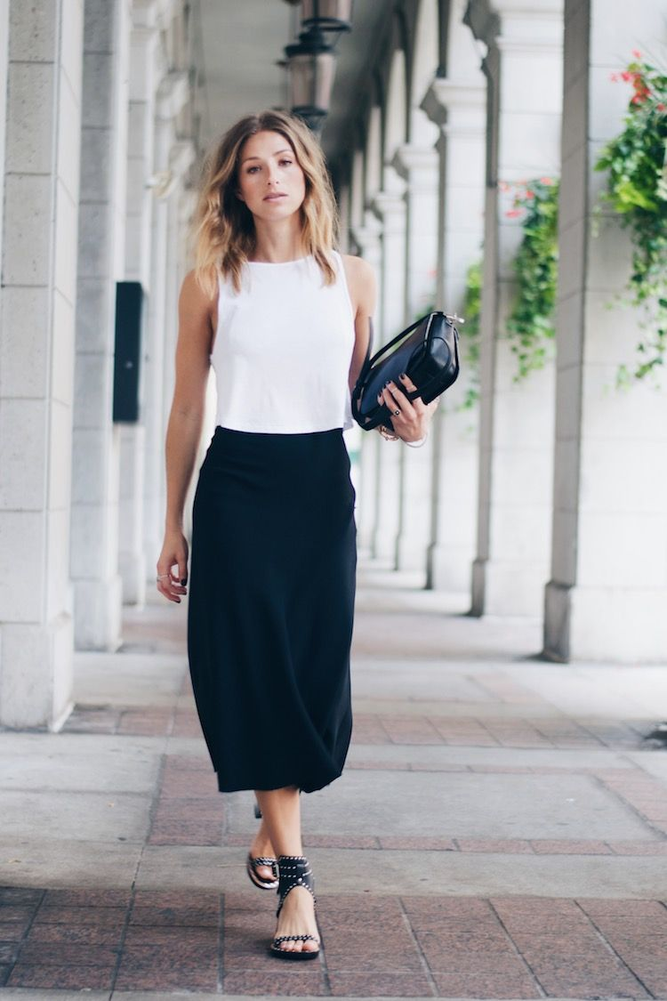 15 Ways To Style Your 10 White T Shirt Pinterest