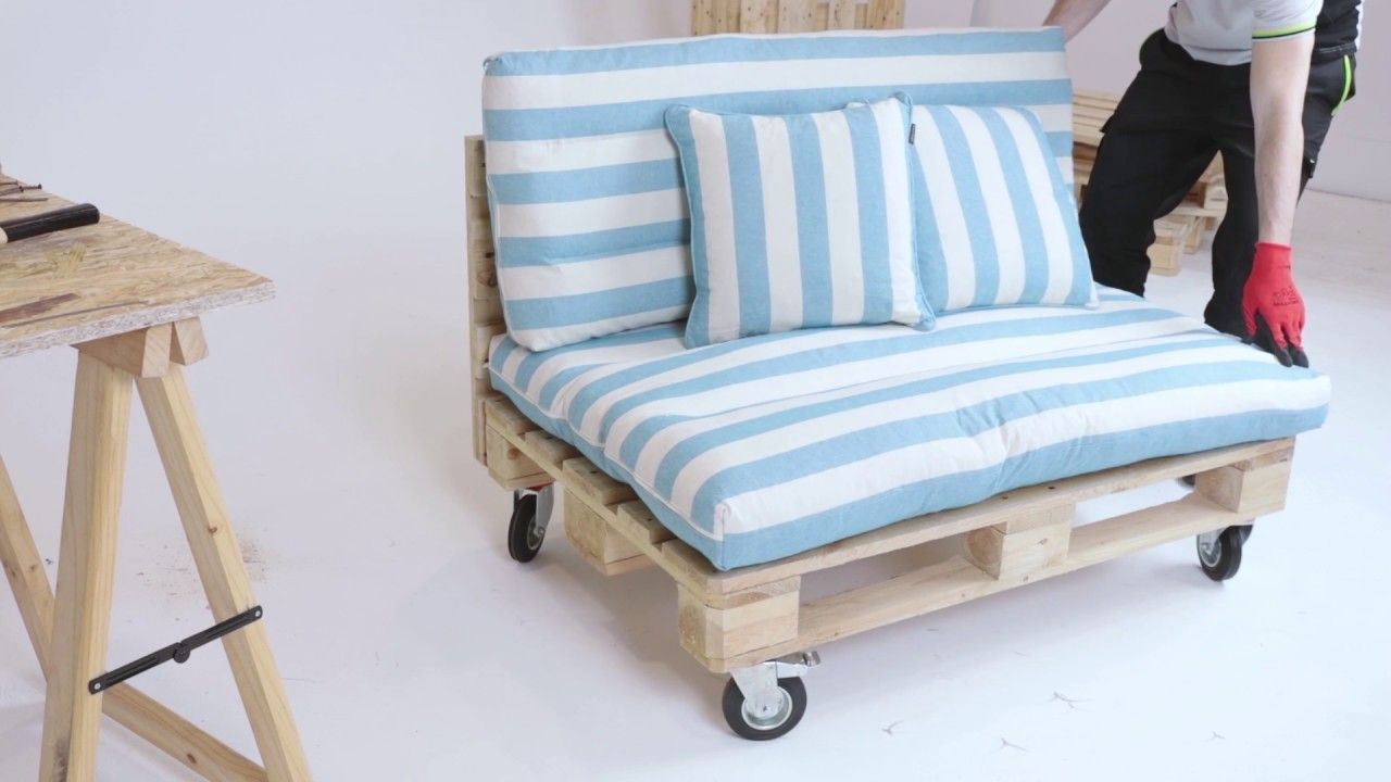 Divano Maria Rosaria : Come costruire un divano con i pallet tutorial leroy merlin