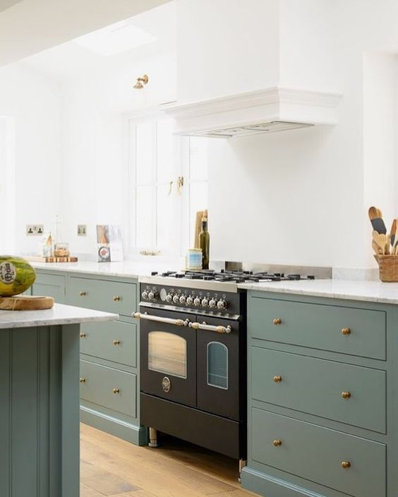 Farmhouse Green Kitchen Cabinets: Morgan Farmhouse Appliances