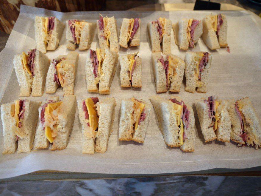 世界のサンドイッチが食べ放題 焼きたてパンやこだわりコーヒーもおかわり自由なホテルの朝食ビュッフェが絶品すぎた ソロ活 レッツエンジョイ東京 朝食ビュッフェ 食べ物のアイデア ホテルの朝食