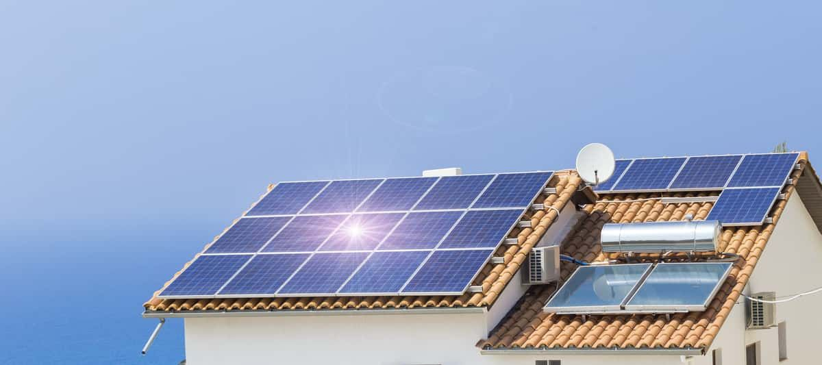 Your Guide On How To Prepare Your Roof For Solar Panels Solar Panels Solar Solar Technology