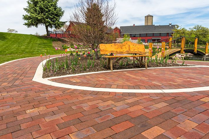 The Fisherman S Inn With Glen Gery Brick Pavers Creates For A Beautiful Wedding Venue These Are Blend Of Our Oxford Flashed Maroon