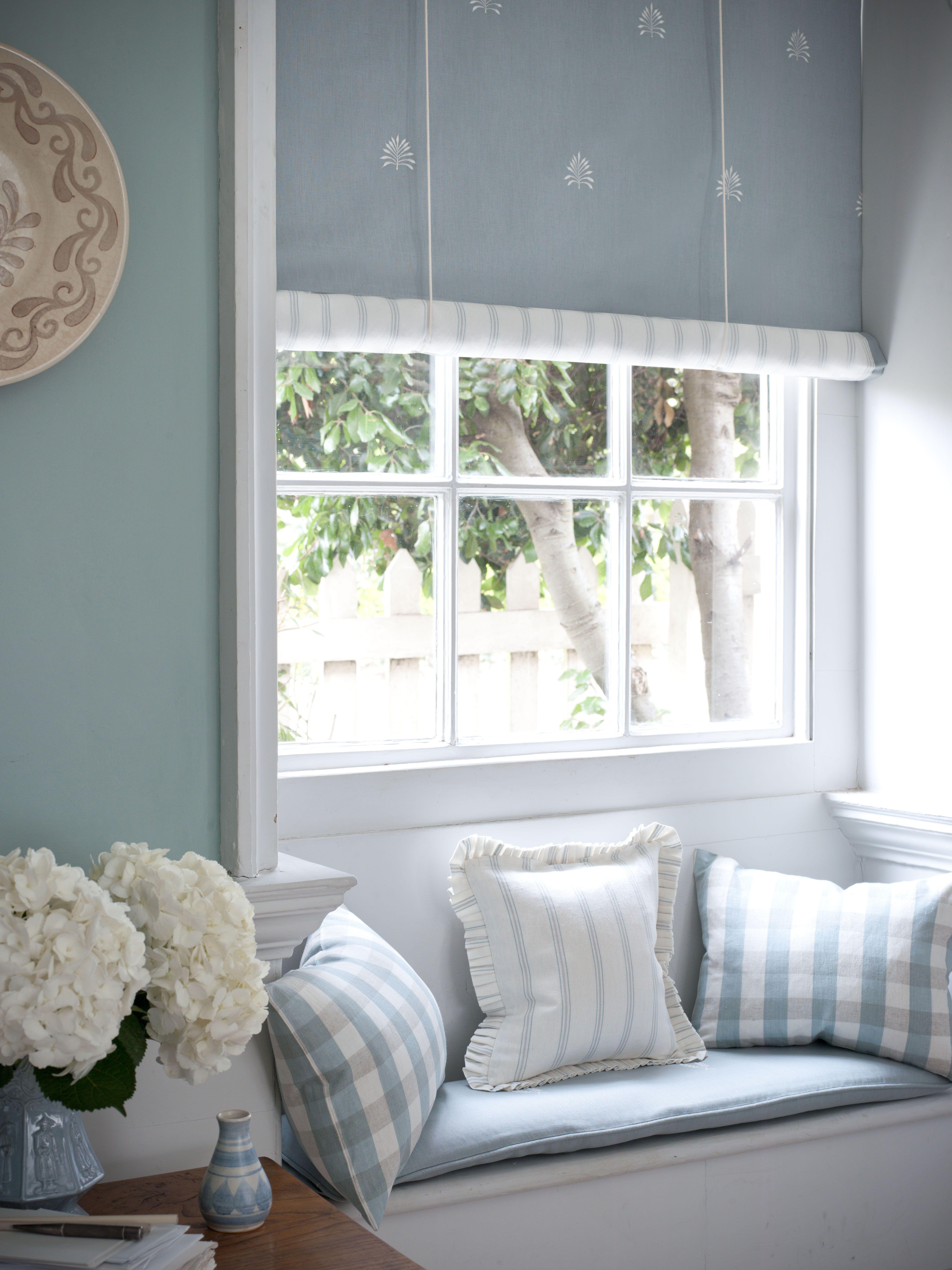sweet blue cottage vorh nge gardinen fensterdeko pinterest blau blau und wei und haus. Black Bedroom Furniture Sets. Home Design Ideas