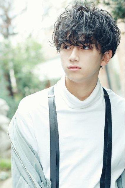 Korean long messy haircuts in 2020 | Korean hairstyle, Korean men hairstyle, Boy hairstyles