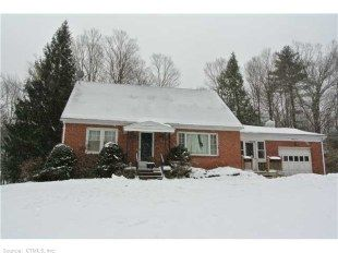 $174900 Torrington Ct east Side beauty 4 bedroom Brick Home with Granite and stailess, sunroom and pool