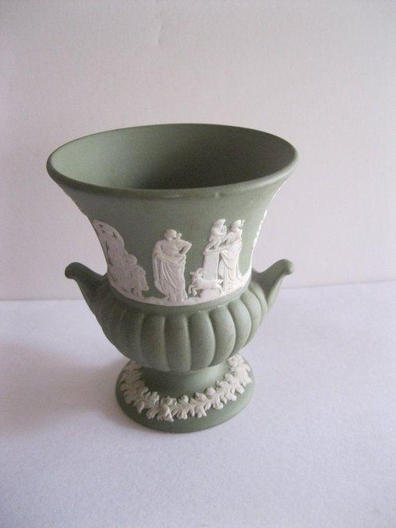 Vintage Wedgwood Green Jasperware Urn Vase Wedgwood Pinterest