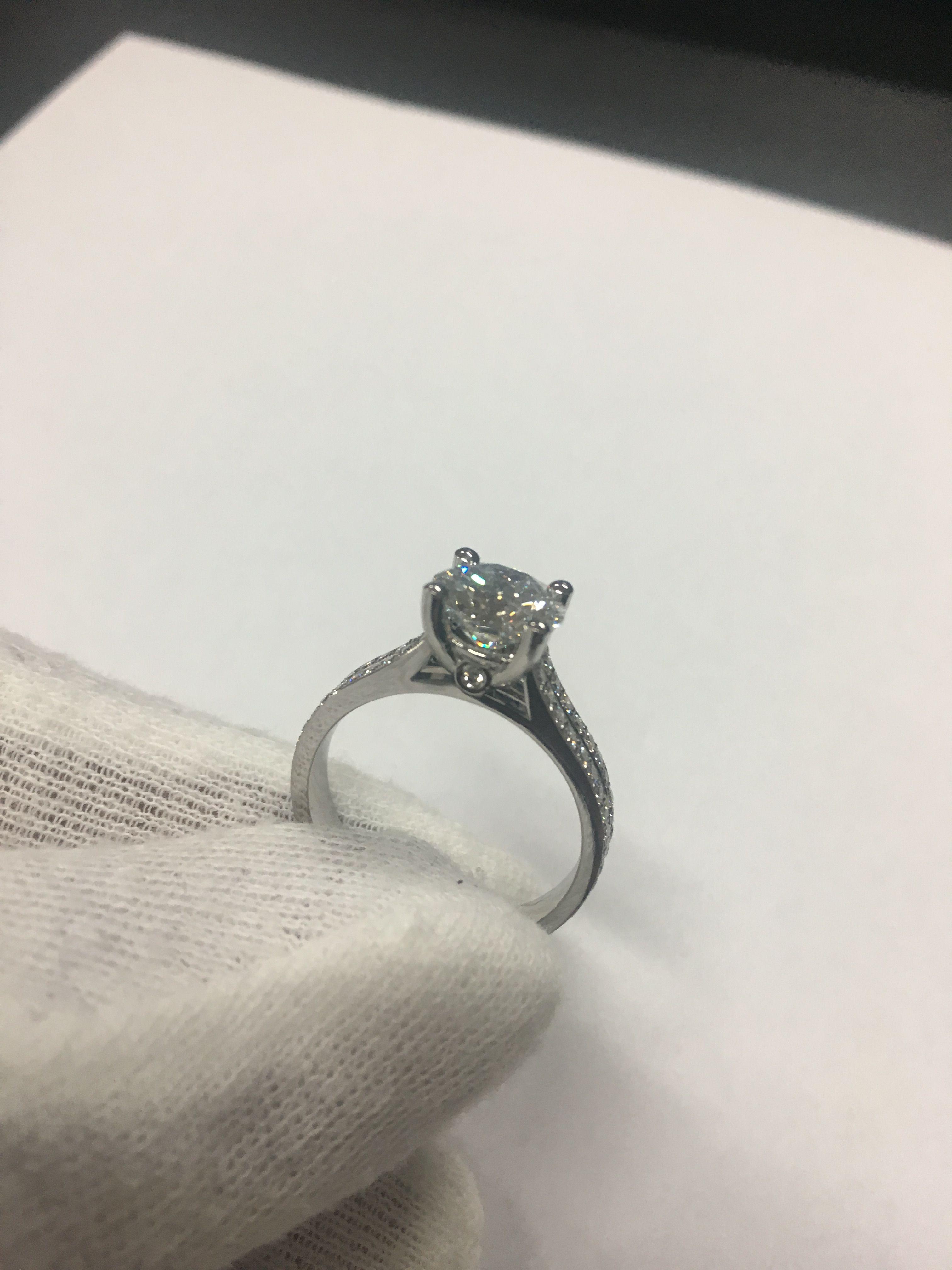 Sarkouyan Diamonds 💍 #handmade Jewelry