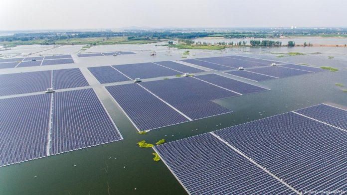 Seychelles To Set Up Africa S First Ipp Floating Solar Pv Project Solar Farm Solar Green Energy Solar