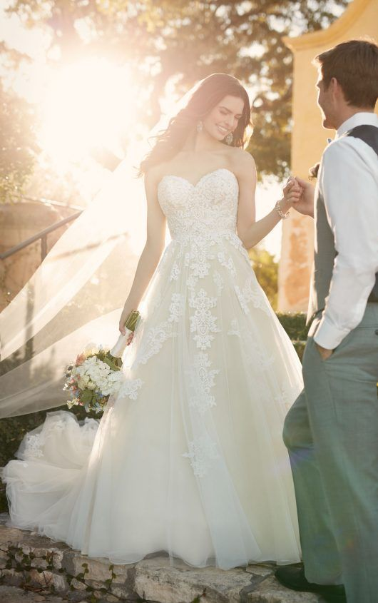 A-line wedding dress with tulle skirt | Tulle skirts, Wedding dress ...