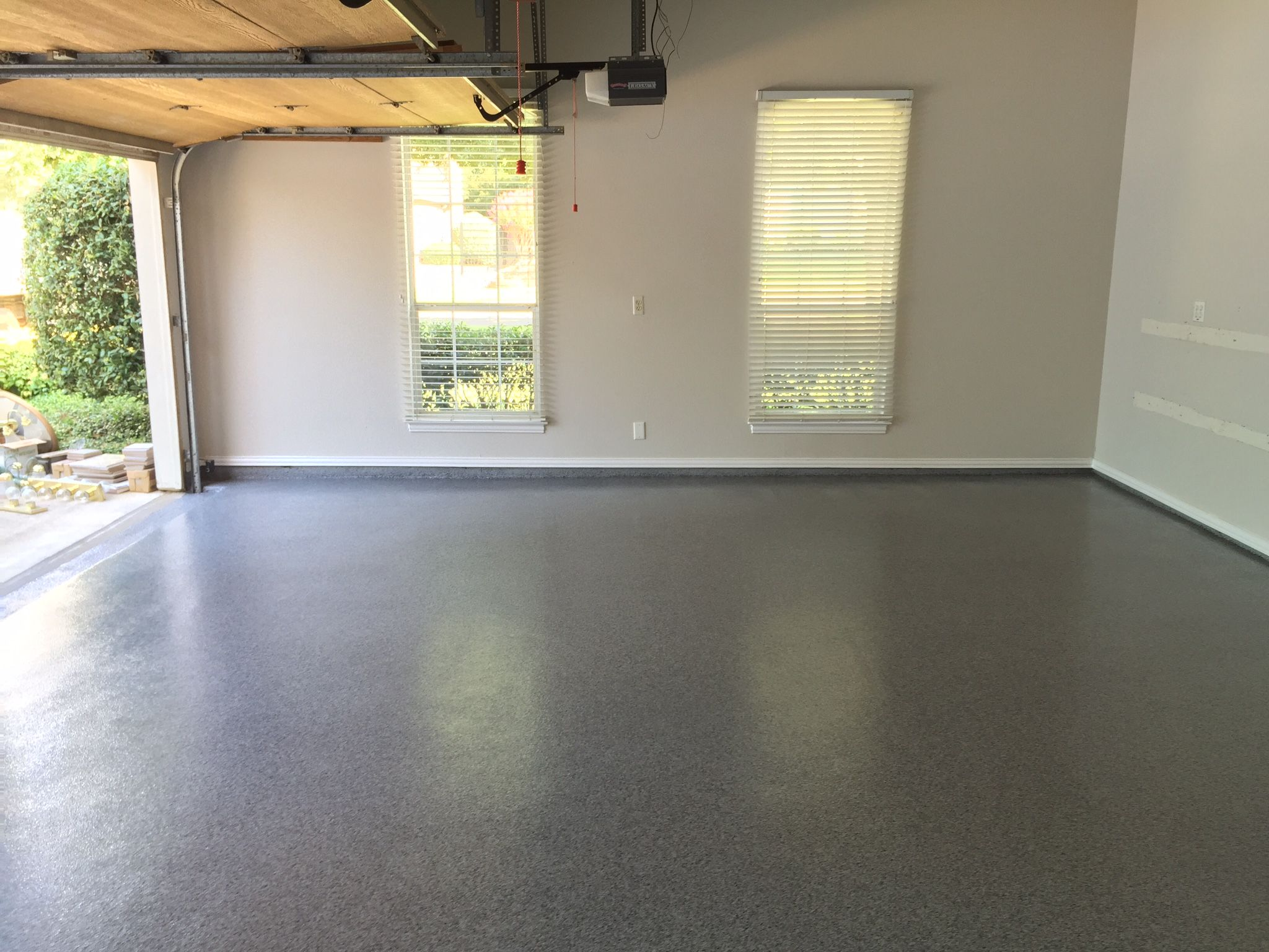 Epoxy and Polyaspartic full flake garage floor coating in Southlake