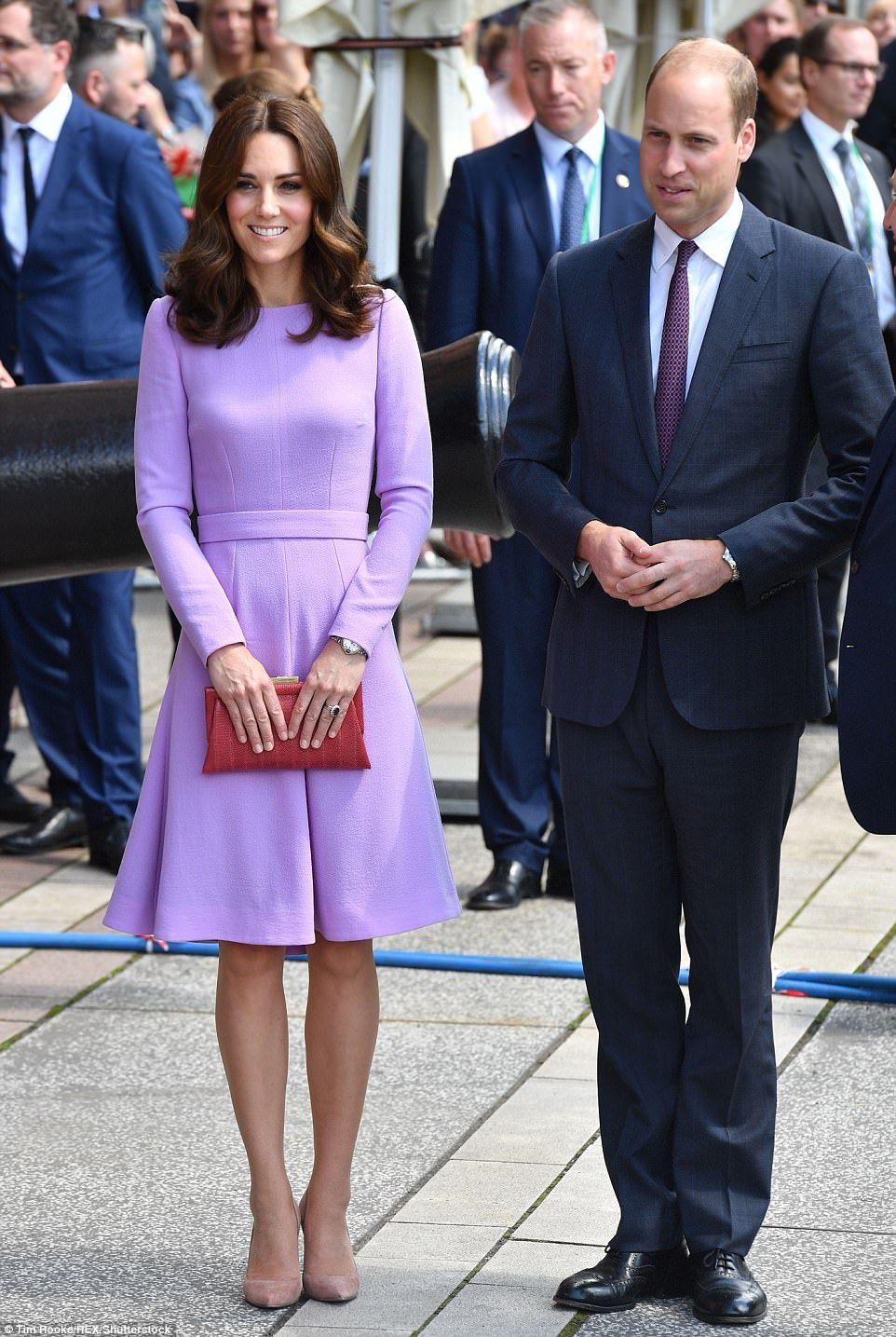 Statement Clutch - Duke and Duchess by VIDA VIDA SX4DFF0r
