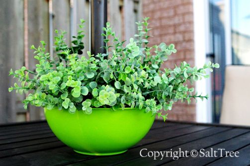 Diy Umbrella Patio Table Planter Easy And