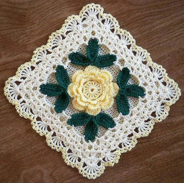 Irish Rose Potholder with yellow rose | Flickr – Condivisione di foto!