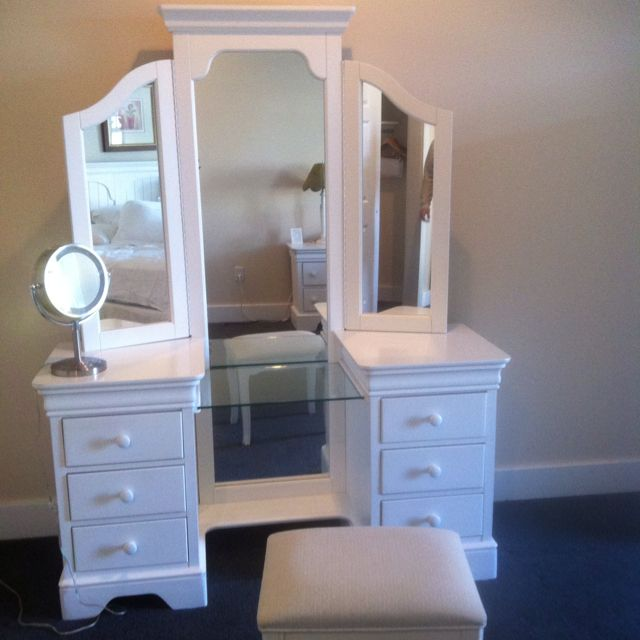 Full length mirror vanity home daddy build this for me for Full length bedroom mirror