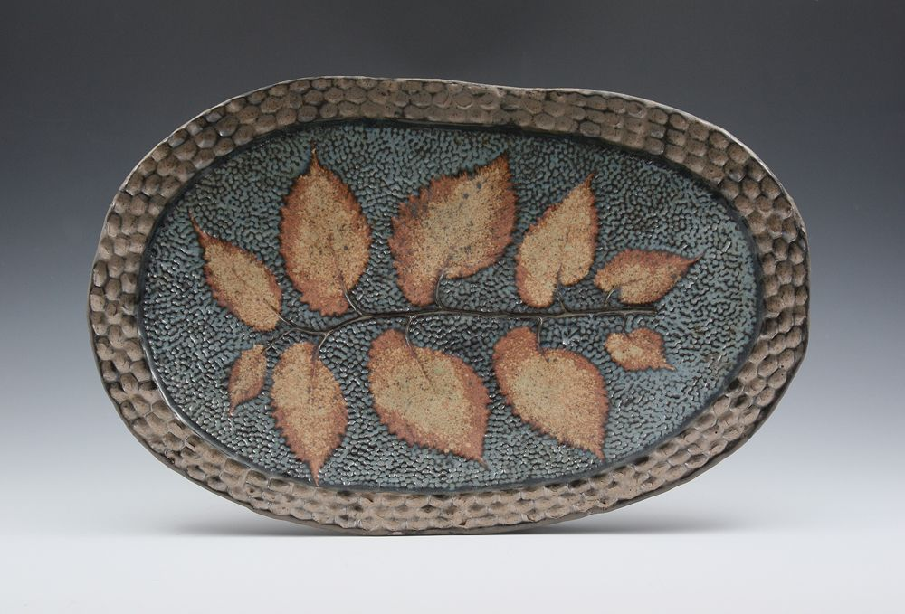 LOVE the texture and leaf prints on this platter!  Wonder if I will ever be able to do something like this?