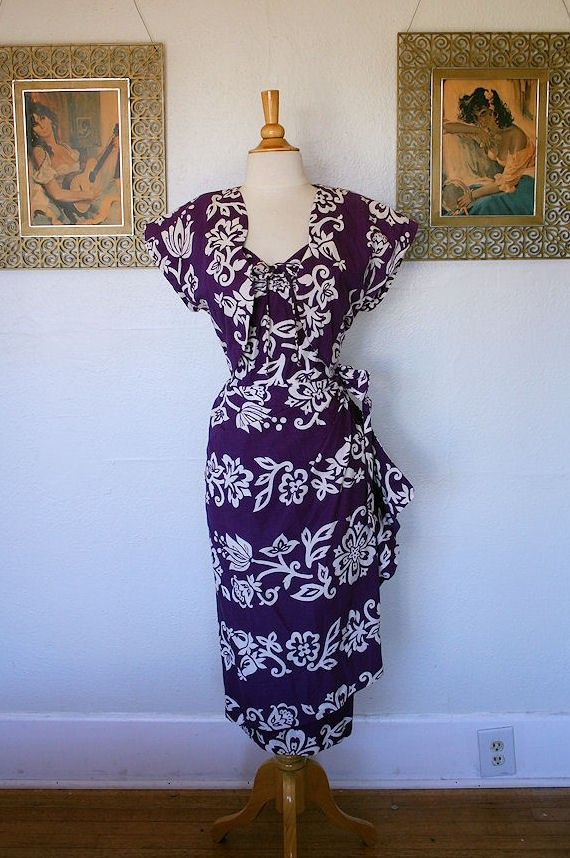 THE BEST Rich Purple with White Exotic Floral by butchwaxvintage