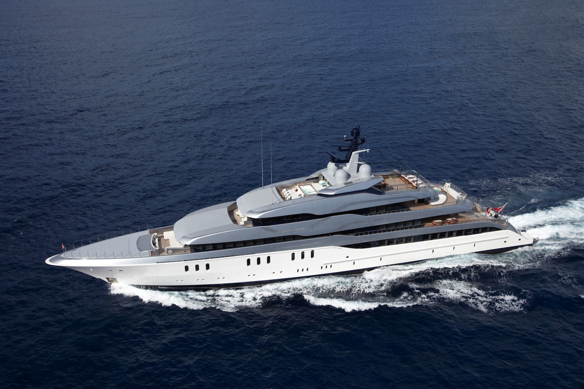Cruising mega-yacht / raised pilothouse / with swimming pool - TANGO - Feadship - Videos