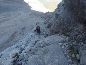 Klettersteig Ehrwald : Der stopselzieher klettersteig auf die zugspitze