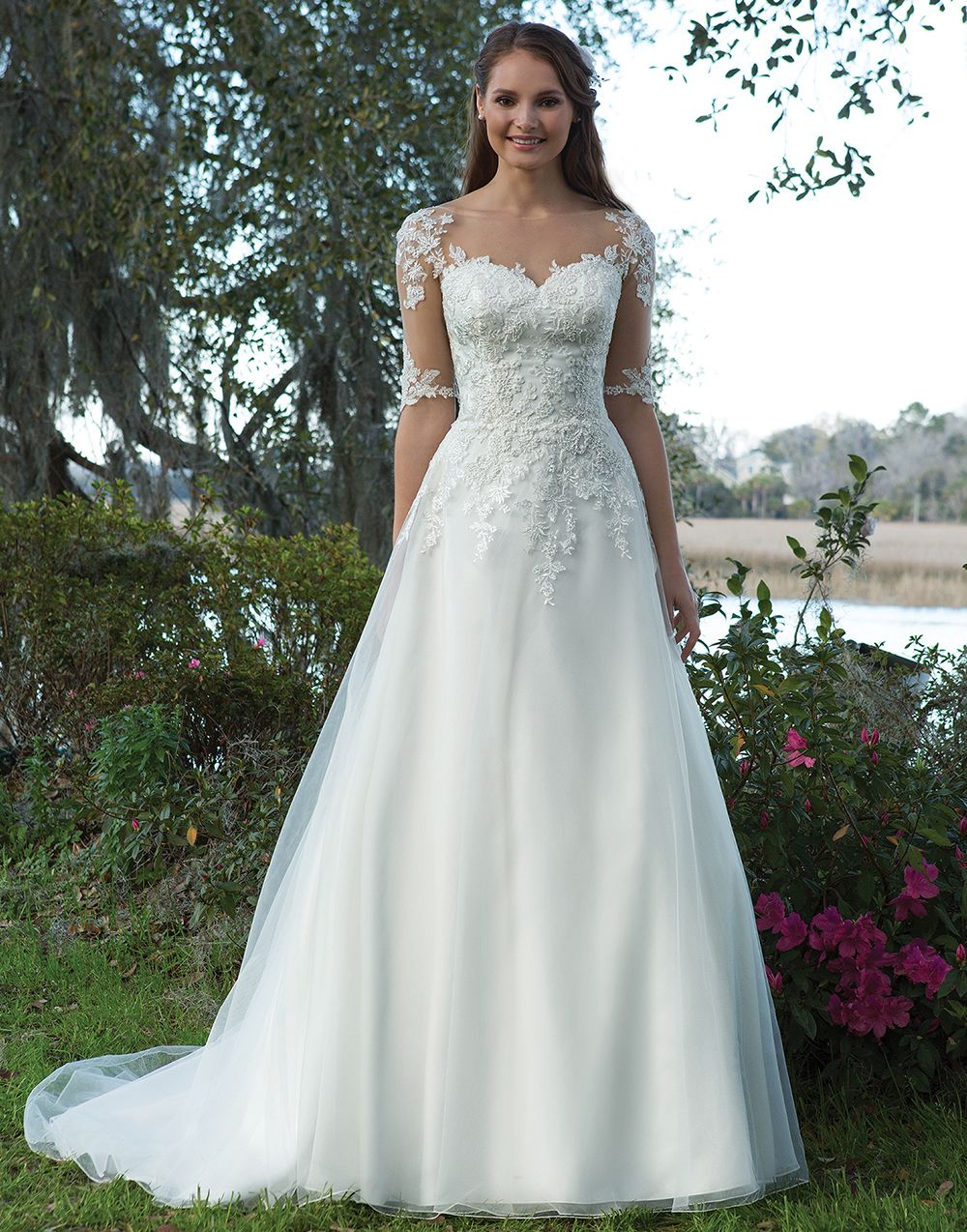Sweetheart Gowns 6191 Ivory/Nude Size 20 Say yes to sleeves. An ...
