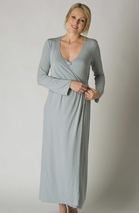 Ladies long blue quilted dressing gown from Vivis...Lovely warm robe ...