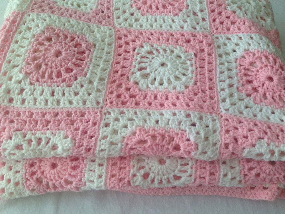 Vintage Granny Square Pink White Afghan 110x74 Crochet Throw Blanket ...
