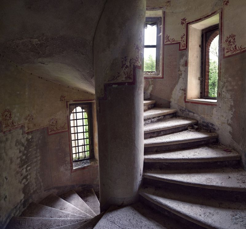Heritage Exploring Italy's Abandoned Castles