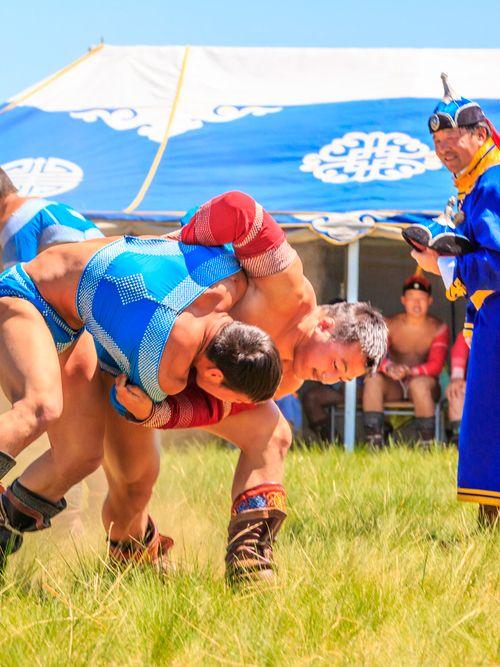 Ulaanbaatar Discover Mongolia S Naadam Festival Mongolia Ulaanbaatar Sports Fights