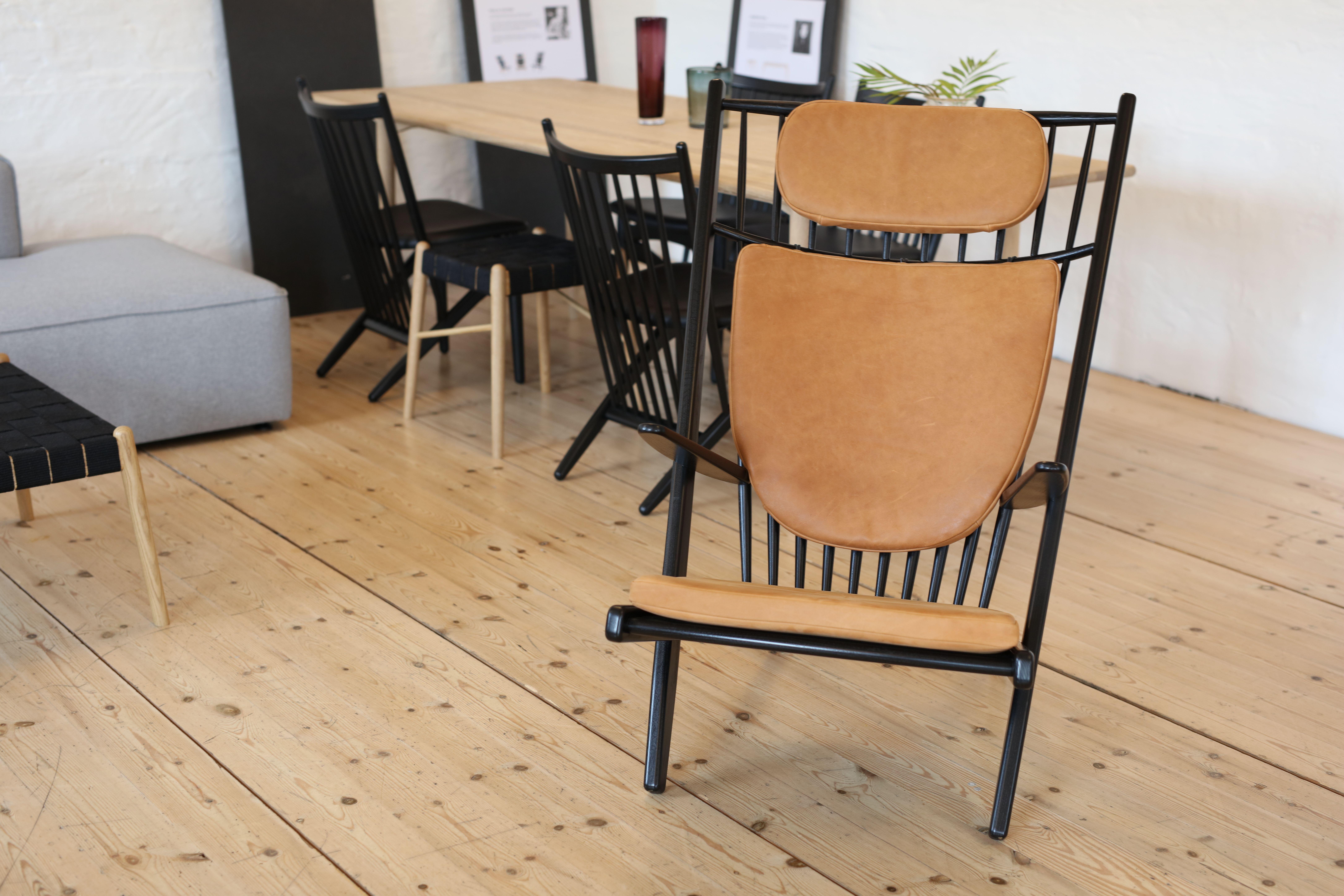 GOLIAT design lænestol i bæredygtigt egetræ MAKE nordic