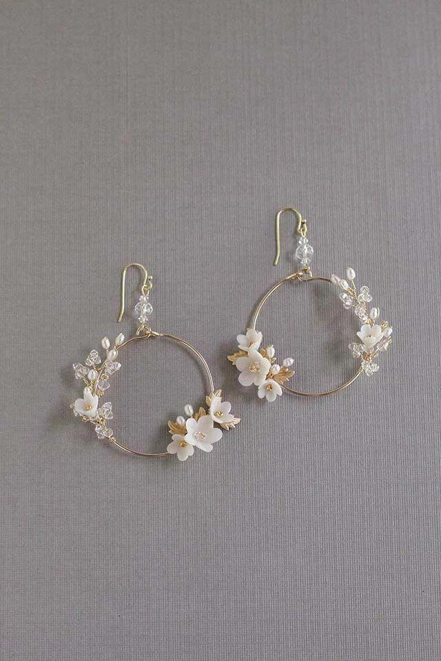 NEW Ear Crawler in 14k Gold-Fill, single earring or pair, delicate ear crawler, post earrings, gold earring, minimalist jewelry – Fine Jewelry Ideas