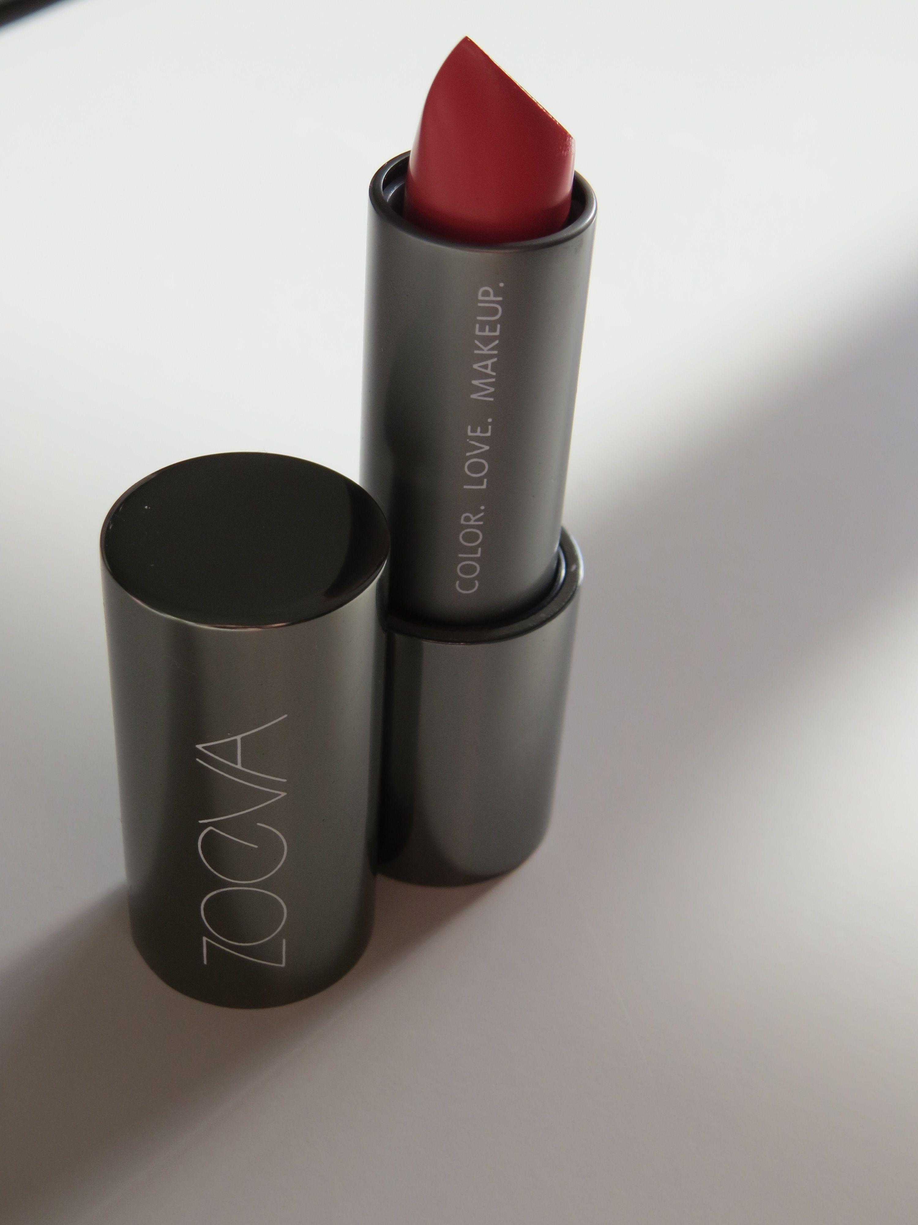 ZOEVA lipstick