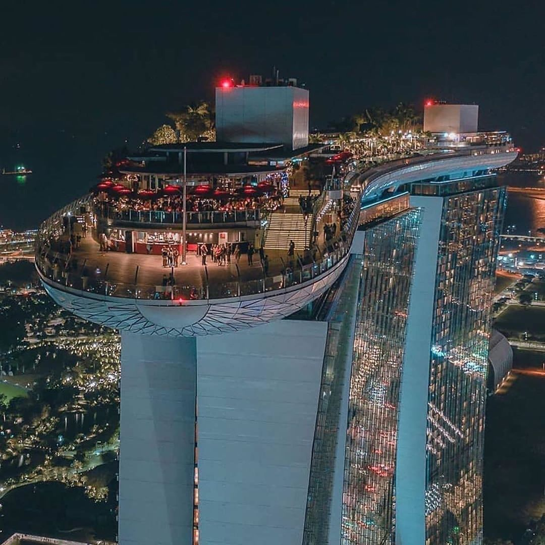 Kingdomofbillionaires Luxury On Instagram The Iconic Terrace View From The Marina Bay Sands Hotel In Singapo Marina Bay Sands Sands Singapore Sands Hotel