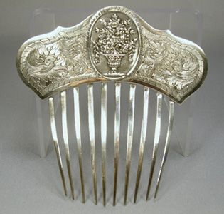 From 1850s England, a beautiful Georgian Sterling silver comb with a flower #combs