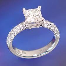 Engagement ring princess cut