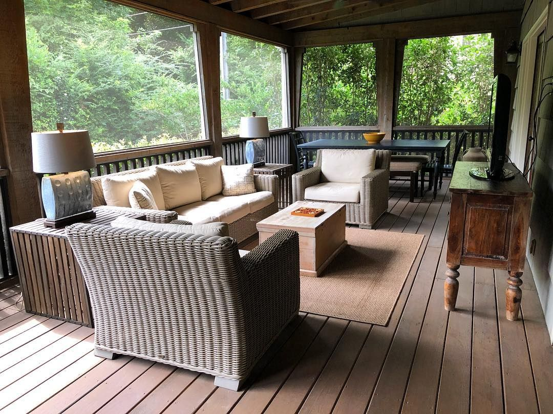 porch outdoor living space